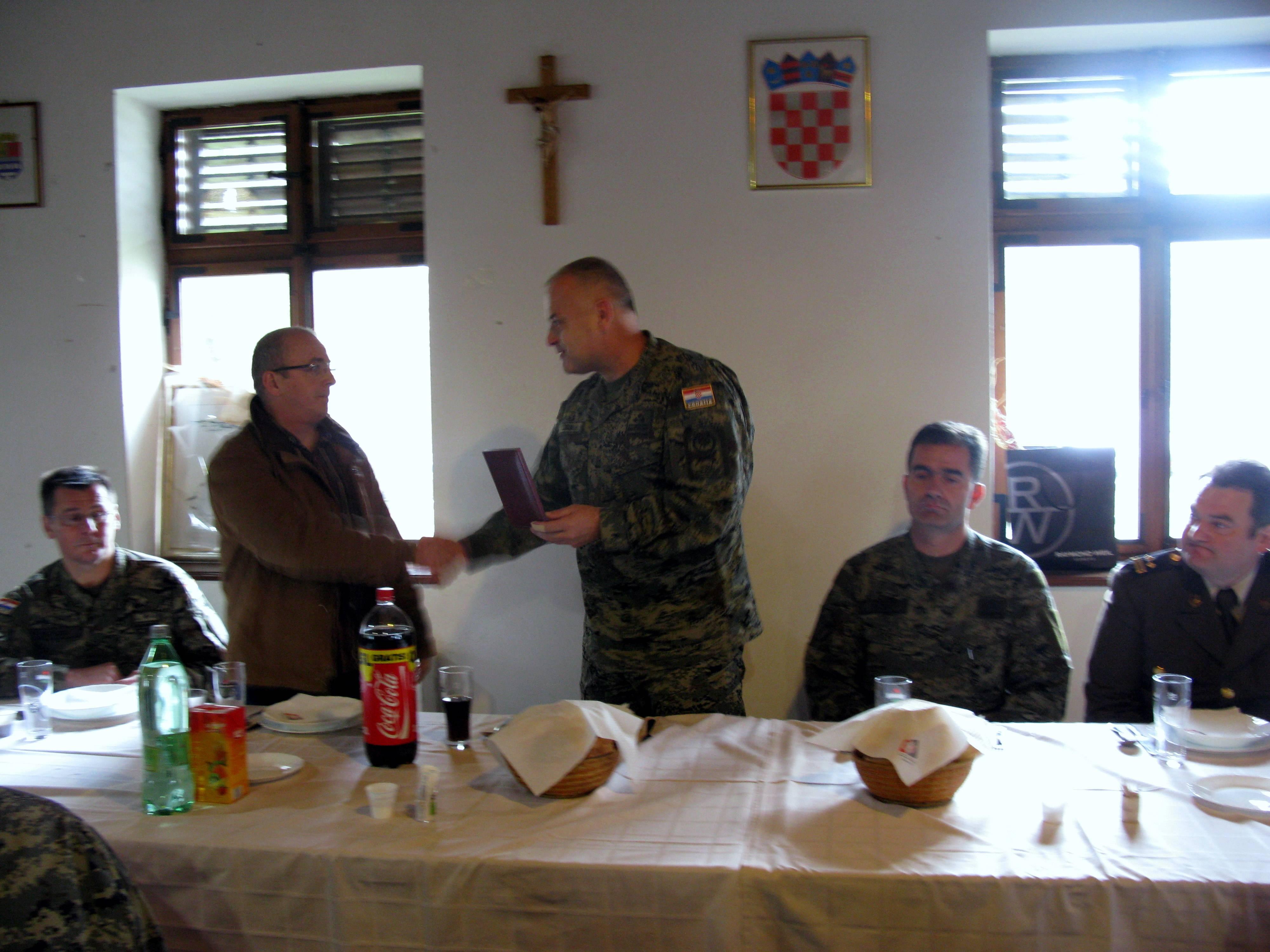2010_12_11 bojnik Maksimovic odlazak u mirovinu VP3