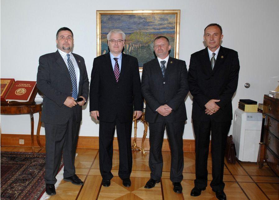 Predsjednik Josipović primio predstavnike Udruge branitelja i veterana Vojne policije Domovinskog rata