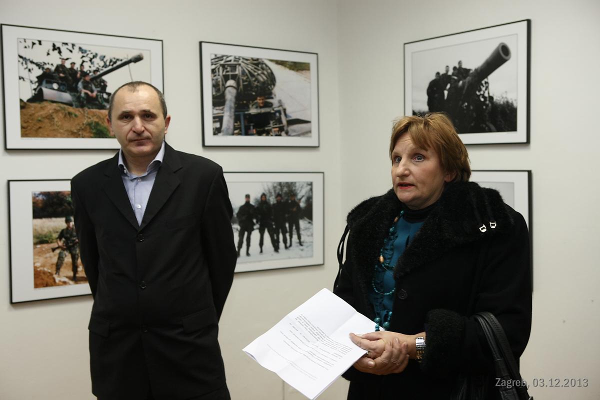 Izložba ratnih fotografija Zagrebačkih postrojbi u Domovinskom ratu